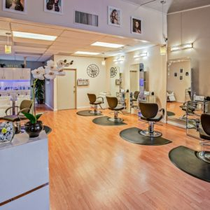 How_to_Choose_The_Right_Hair_Salon